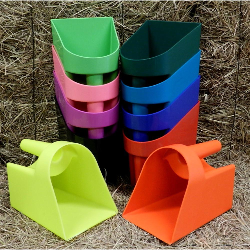 Pegador para Ração em plástico - Importado