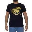 Camiseta CAVALARIA Preta com Detalhes em Dourado