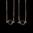 Escapulário Zircônia Círculo Esmeralda 9mm Semijoia Ouro