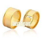 Alianças de Noivado e Casamento em Ouro Amarelo 18k 0,750 FA-1020-Z