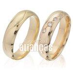 Alianças de Noivado Ouro Amarelo 18k com Diamantes