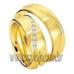 Aliança Phantastic de casamento ou noivado cravejada com diamantes em ouro amarelo 18K 750 largura 7,0mm-ASP-AL-32