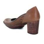 Sapato Em Couro Lolla Alto Amêndoa J.Gean