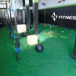 Box Academia Para Treino Funcional E Crossfit Com Gaiola Para 200 Alunos