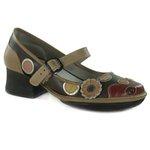 Sapato Em Couro Kelly Castanho J.Gean