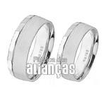 Aliança de Noivado e Casamento em Ouro Branco 18k 0,750 FA-254-B