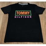 Camiseta Tommy Hilfiger- Diferenciada Preto