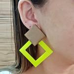 Brinco Acrílico Grande Amarelo Neon