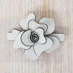 Presilha Flor Branco