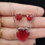 Conjunto Zircônia Coração Prata Vermelho