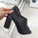 Sapato Feminino Camminare Salto Grosso Preto
