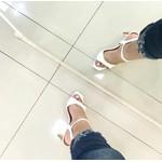 Sandalia Feminina Camminare Verniz Em Croco Branca Salto Acrílico