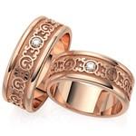 Aliança de Casamento em Ouro 18k Trabalhada com Diamante