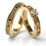 Aliança em Ouro 18k Trabalhado com Diamantes Branco e Diamante Negro