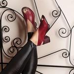 Sandália Lolly Em Couro Rouge J.Gean