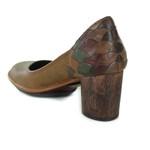 Sapato Em Couro Lolla Alto Camel J.Gean