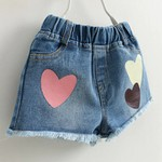 CAMISETA LOVE E SHORT JEANS