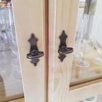 Vitrine 02 Portas + 01 Gaveta Basculante Com Espelho