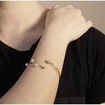 Pulseira Estilo Bracelete Semijoia Banho De Ouro 18k Com 4 Pérolas