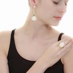 Anel Semijoia Banho de Ouro 18K Pedra Natural Ágata Branca