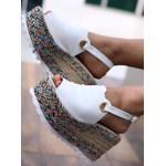 Sandália Flatform Branca Com Solado Colorido