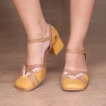 Sapato Boneca com Laser Mostarda e Caramelo- 913-27