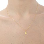 Pingente Medalha oval de Nossa Senhora das Graças em ouro 18k amarelo
