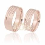 Aliança Anatômica De Ouro Rose 18k Com Diamantes