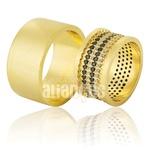 Alianças De Noivado e Casamento Em Ouro Amarelo 18k 0,750 Fa-781-black And White