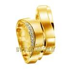 Aliança de noivado ou casamento curva em ouro amarelo 18K cravada com 9 diamantes largura de 6,50mm-ASP-AL-48