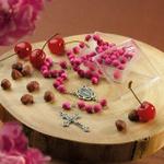 Terço Nossa Senhora das Graças Perfumado com Essência de Cereja e Avelã