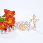 Terço Noiva Pérola- Dourado