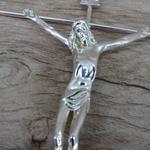Crucifixo de Parede Estilizado -Prata 15x25