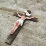 Imagem -Crucifixo Resina - 30 cm