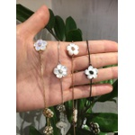 Colar Flor de Madrepérola e Zircônia Lesprit LC10011WCORH Ródio Cristal