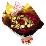Buquê Encanto de Rosas e Bombons