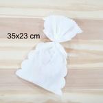 Embalagem para presente em TNT - branco (35x23cm)