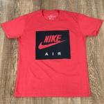 Camiseta Nik Vermelho