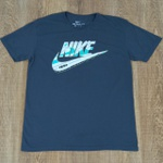 Camiseta Nik Cinza Escuro