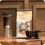 Kit essencial 2 - Caramelo 250g + Moedor + Balança