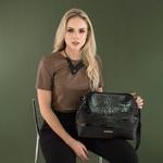 Bolsa Pumba de Couro Preta Croco com Detalhe em Tiras