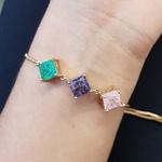 Pulseira Gravatinha Pedra Fusion Quadradinhos Dourado Verde Lilás Rosa