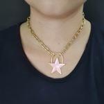Colar Elos Estrela Esmaltada Dourada Rosa