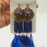 Brinco Dourado Pena Azul Escuro