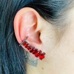 Brinco Ear Cuff Zircônia Navete Grafite Vermelho