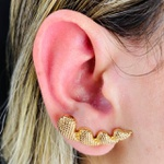 Brinco Ear Cuff Dourado