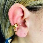 Piercing Fake (Uma Unidade) Folheado a Ouro 18K Cruz