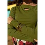 Blusa recorte verde alcance jeans