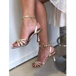 Sandália dourada salto taça Donna Clô