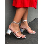 Sandália metalizada holográfica Donna Clô